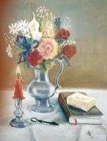 Bouquet, pichet en étain, bougeoir, livres et clé (VENDU)